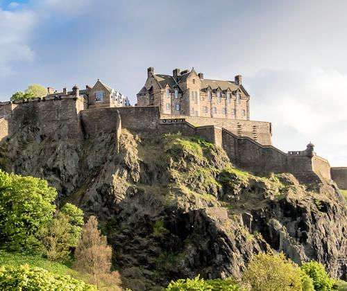 Taxi Airport Chauffeur Car Service in Edinburgh and Scotland