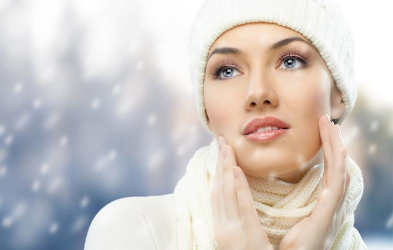 SLEEP ~HYDRATE ~ PROTECT~ SLEEP Winter Skin Care - helping any sensitivity and redness that occurs with our winter wind and cold.