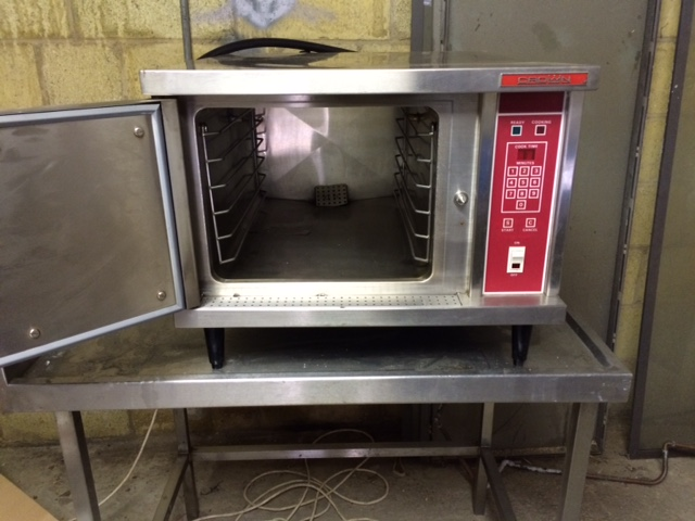 Crown electric steaming oven
