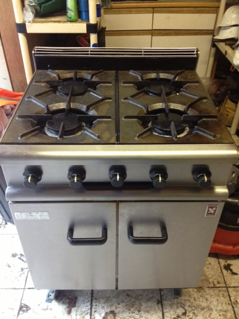 Falcon 350 series 4 burner gas cooker