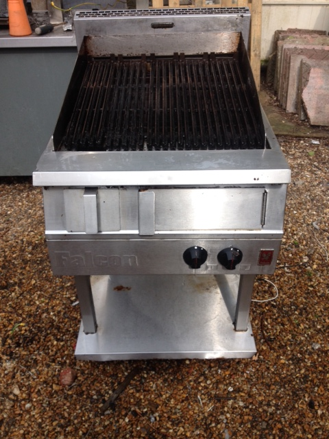 Falcon Dominator gas chargrill