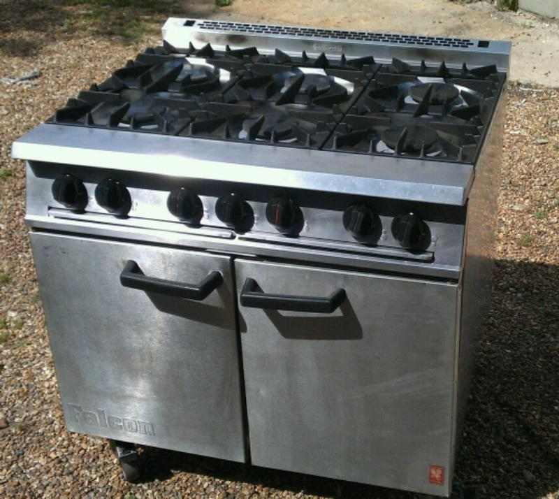 Falcon G2101 Dominator 6 burner cooker