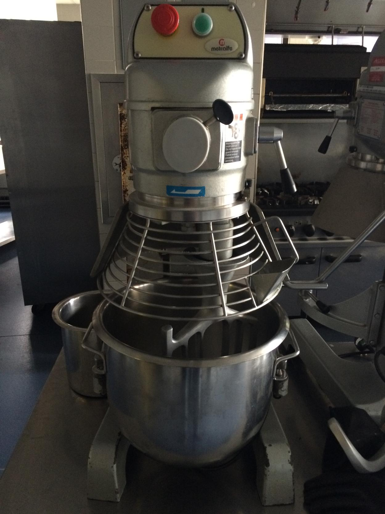 Metcalfe 20q planetary mixer