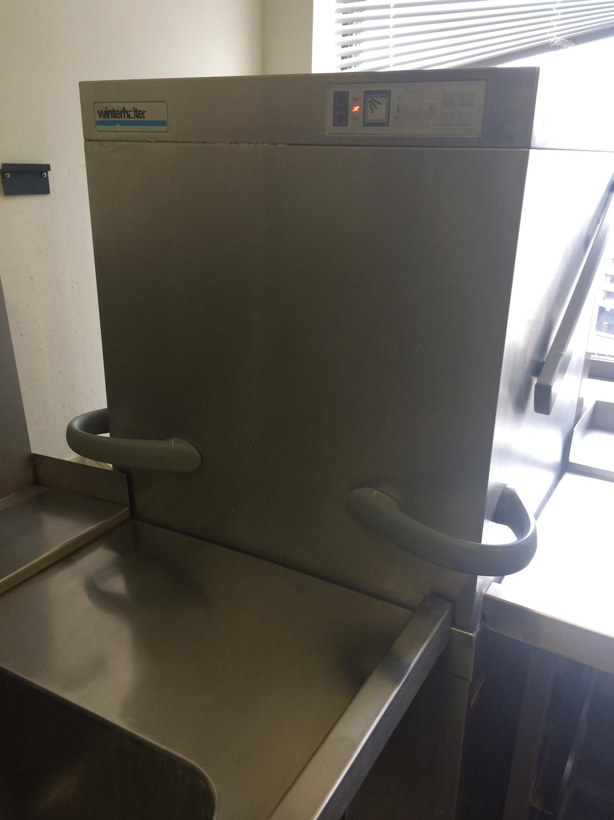 Winterhalter GS502 pass through dishwasher