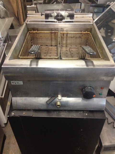 Lincat DF40 single tank twin basket electric table top fryer