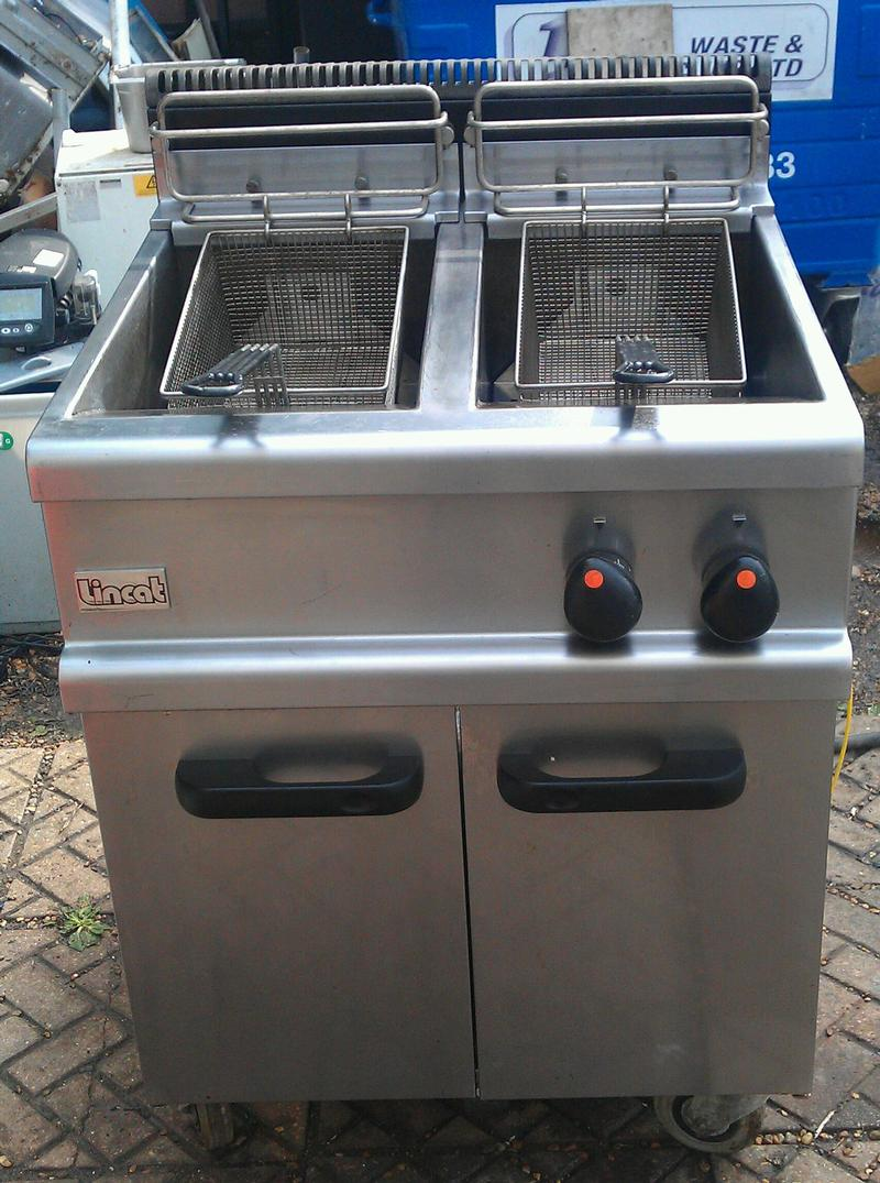 Lincat twin tank gas fryer