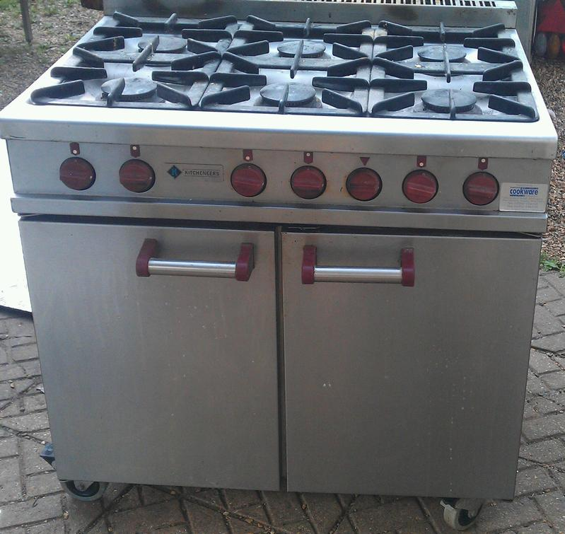 Moorwood Vulcan 6 burner gas cooker