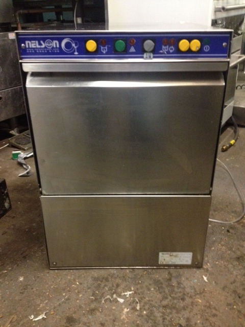Nelson 400 rack glass washer