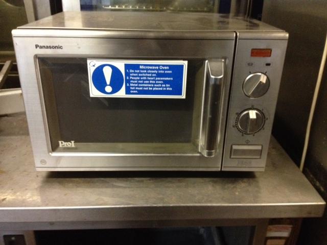 Panasonic 700W microwave