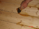 Resin mix is used for filling small gaps between boards and parquet blocks.