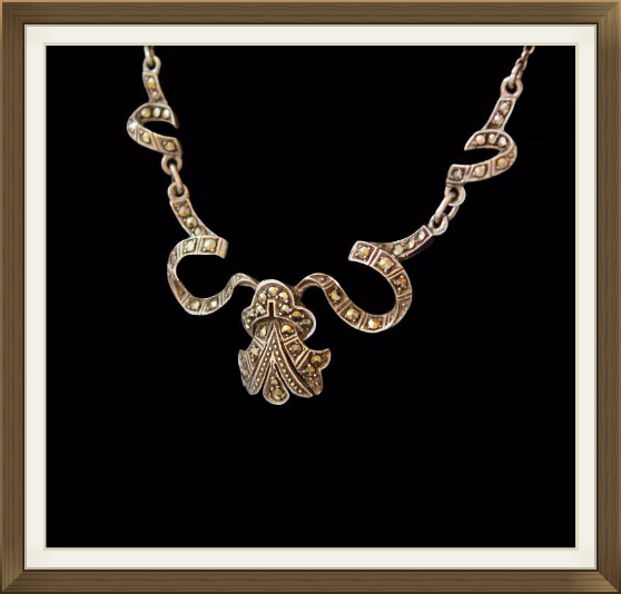 Beautiful Art Deco Silver & Marcasite Necklace