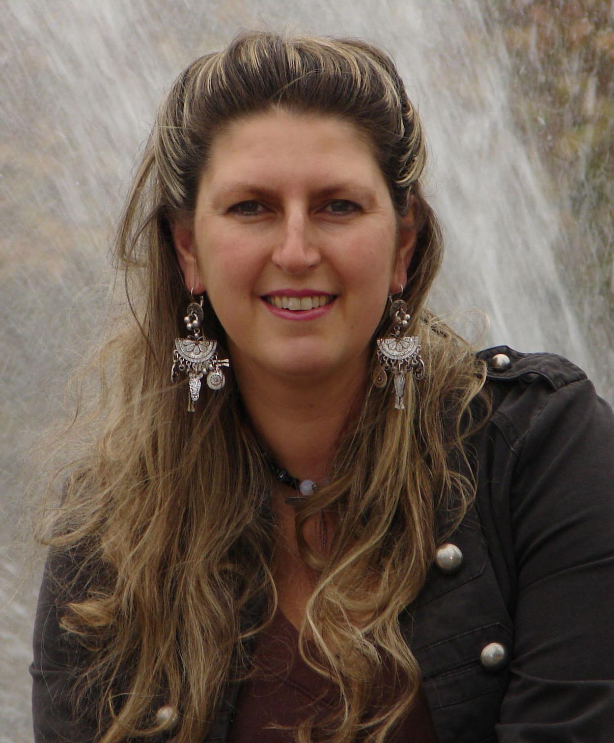 Shamanic teacher and practitioner Imelda Almqvist offers courses where art meets shamanism