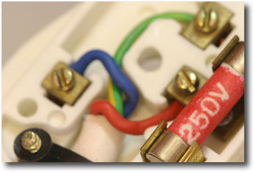 Reliable & Qualified Electrical Contractors in *county*