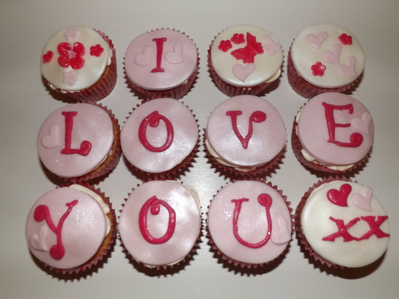 Valentines message cupcakes