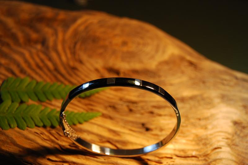 Whitby Jet & Silver bangle
