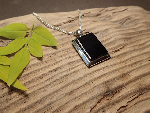 Whitby Jet  925 drop pendant