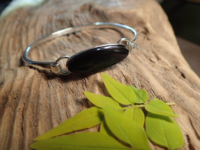 Whitby Jet bracelet bangle