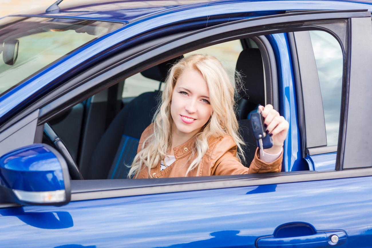 girl passes driving test in putney