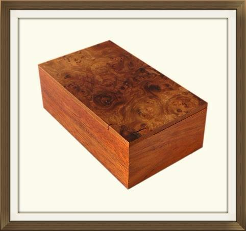 Beautiful Vintage Walnut Puzzle Lid Jewellery Box