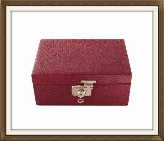 1930s_leather_jewellery_box_2.jpeg