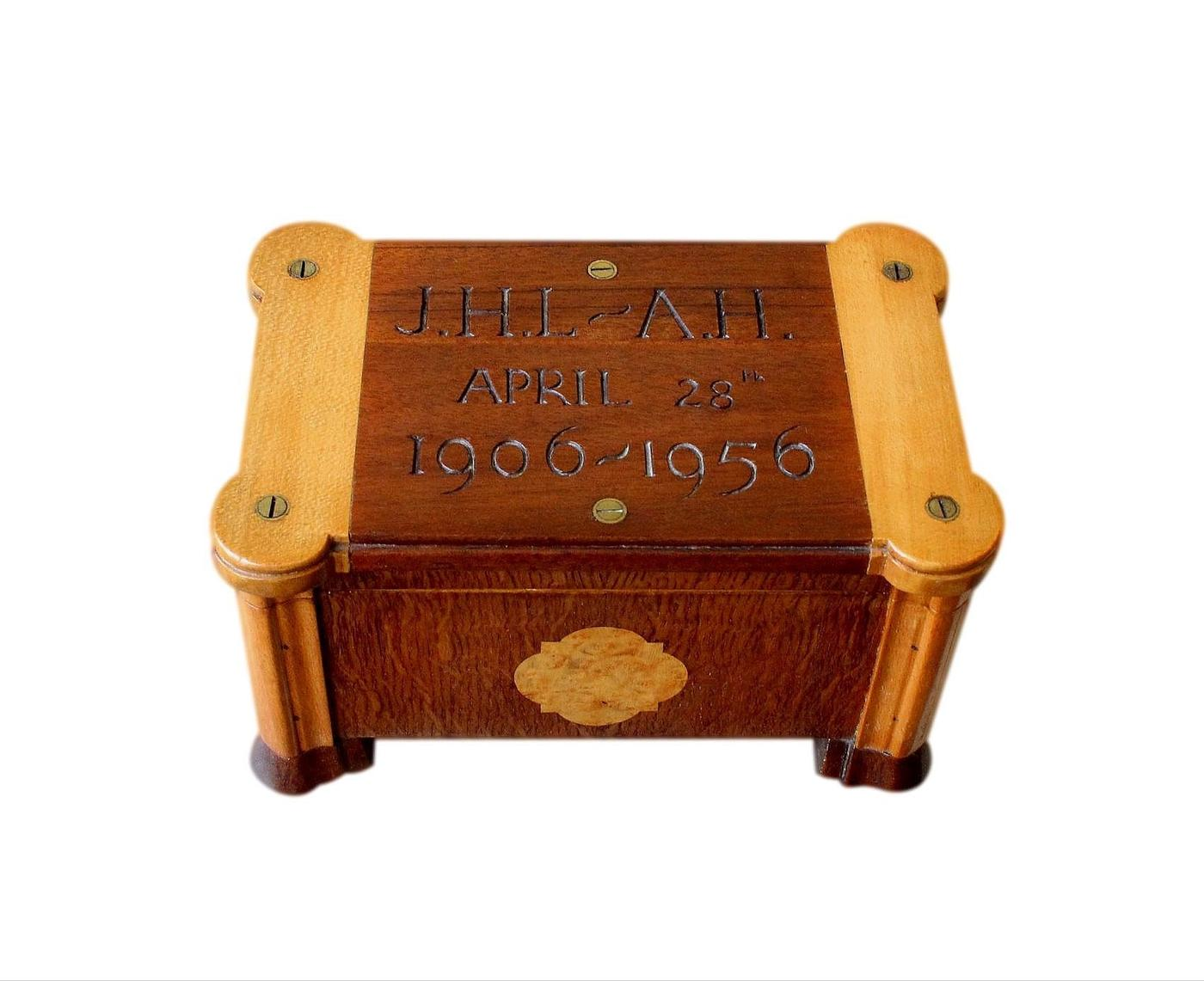 Superb High Quality Mid 19th C. Musical Jewellery Box