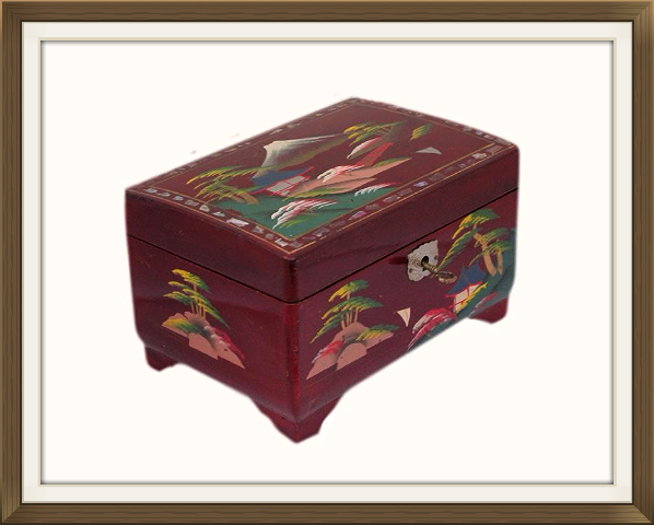 598pxvintage_japanese_red_lacquered_jewellery_box_3.jpeg
