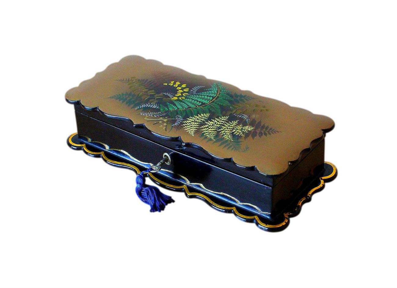 Antique_Fernware_Jewellery_Box_2.jpg