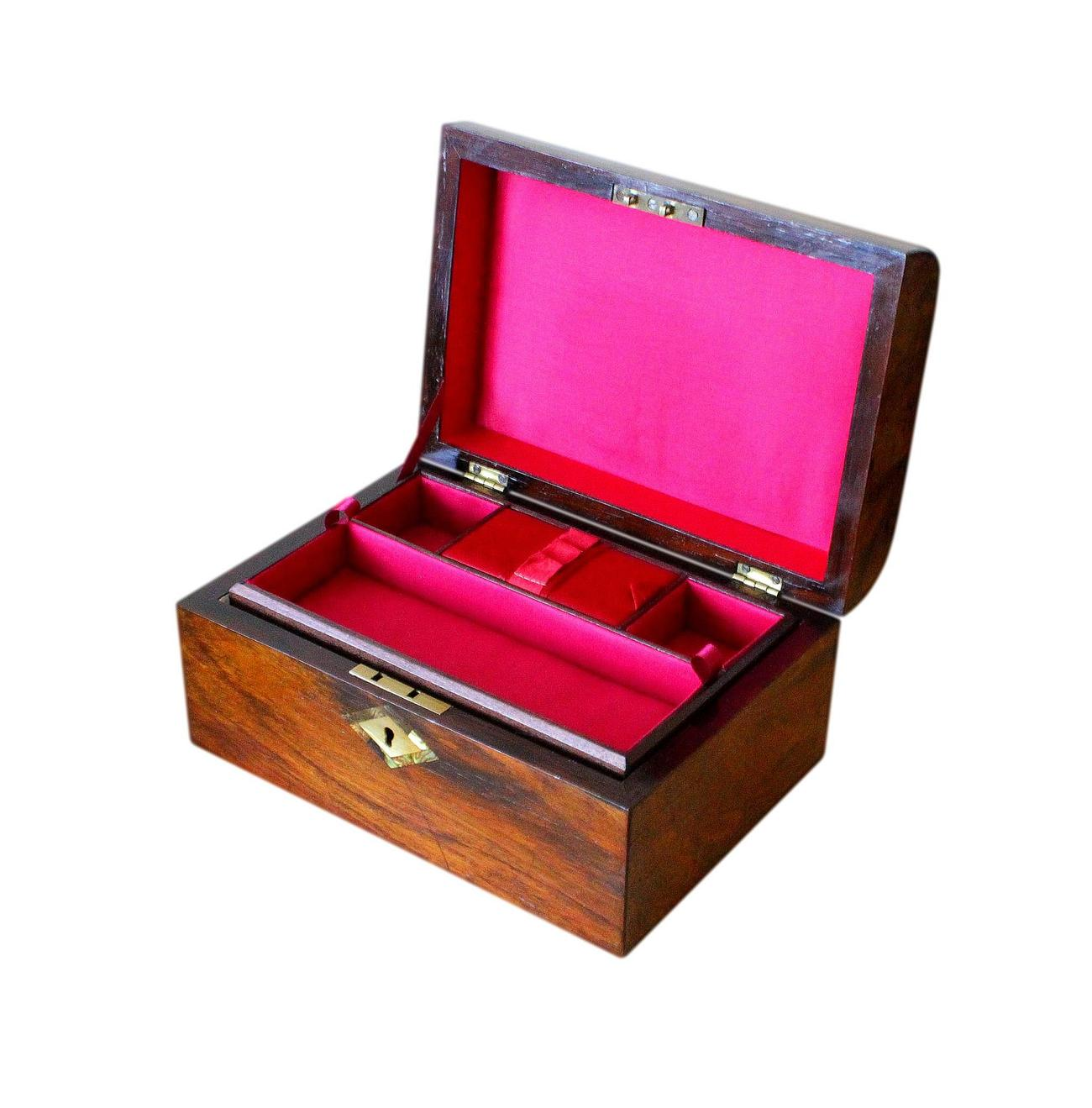 Antique_Refurished_Walnut_Jewellery_Box_Red_Int_3.jpg