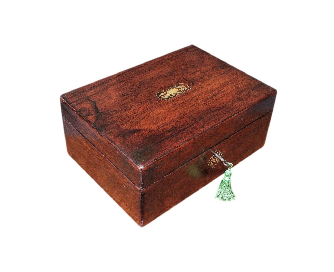 Antique_Rosewood_Jewellery_Box_Emerald_Interior.jpg