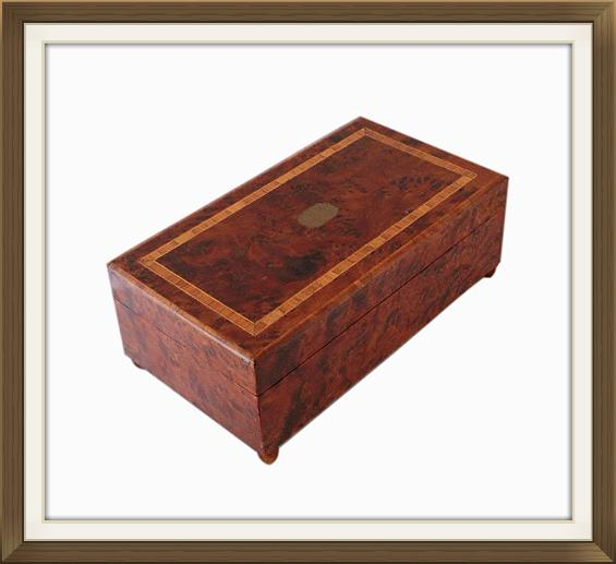 Art_Deco_Mahogany_Burr_Walnut_Musical_Jewellery_Box_3.jpeg