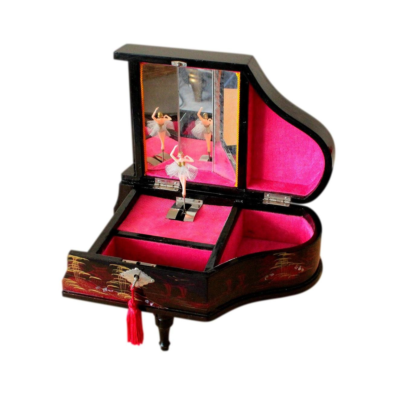 Japanese_Musical_Jewellery_Box_Piano_3.jpg
