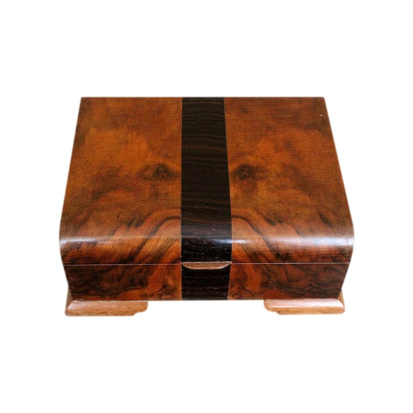Refurbished Mahogany Art Deco Jewellery Box With Beautiful Veneers