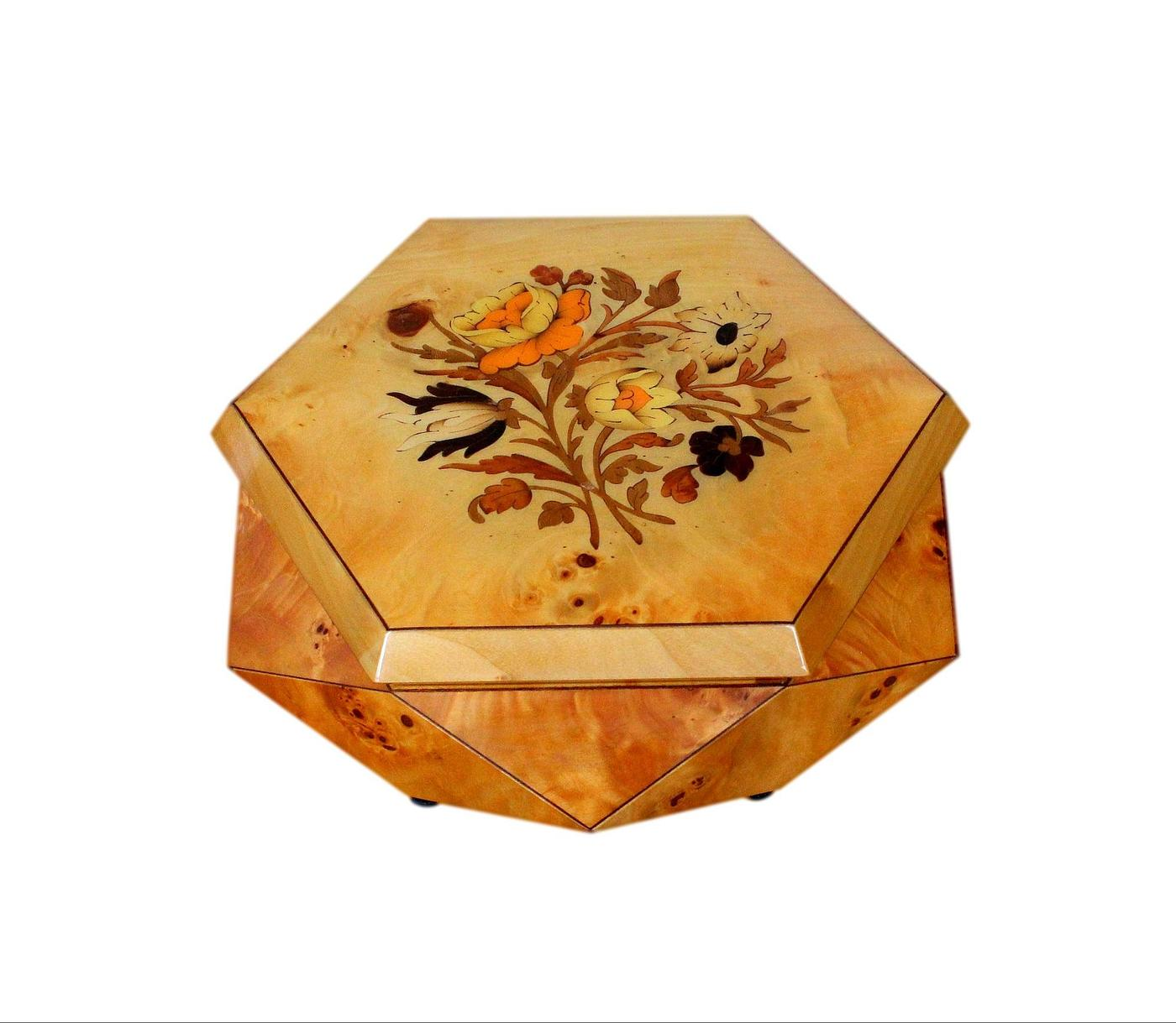 Vintage 3 Dimensional Inlaid Musical Jewellery Box