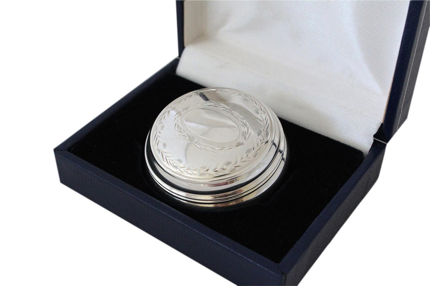 Beautifully Engraved Vintage 925 Silver Pill Box