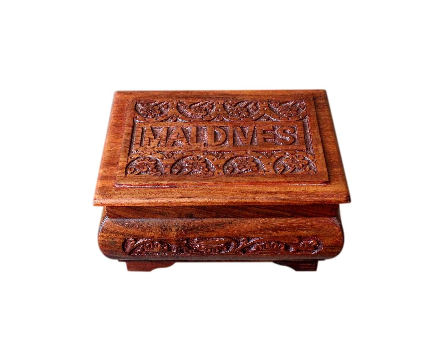 Beautiful Vintage Jewellery Box From The Maldives