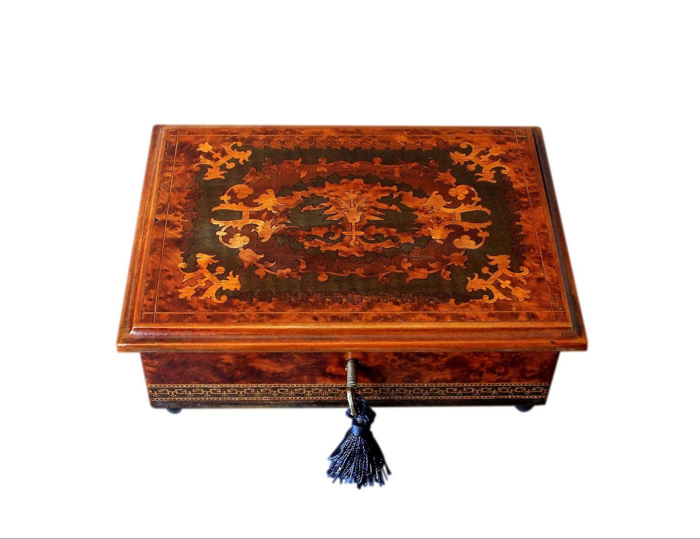 Lovely 1950s Refurbished Inlaid Sorrento Vintage Jewellery Box