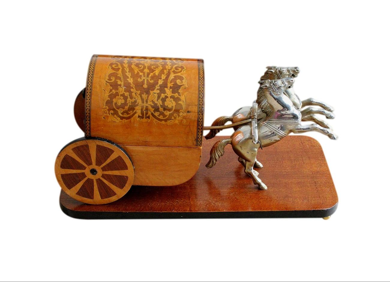 Vintage_Italian_wagon_jewellery_box_2.jpg
