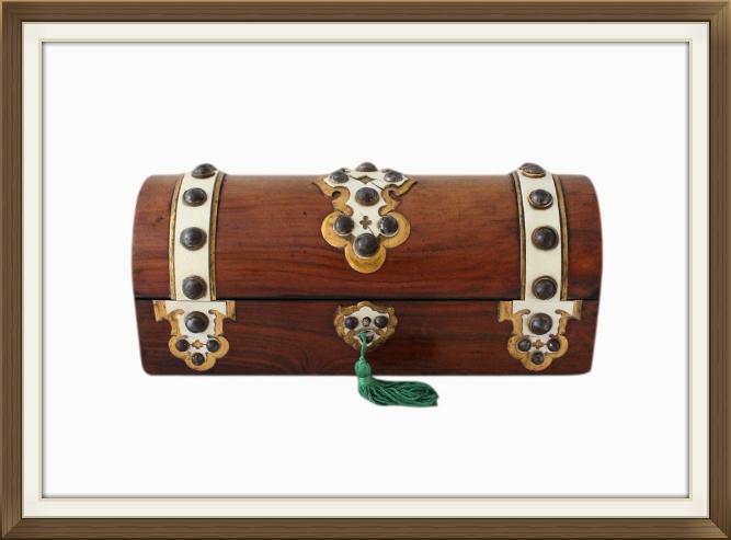 antique_gothic_jewellery_box.jpeg