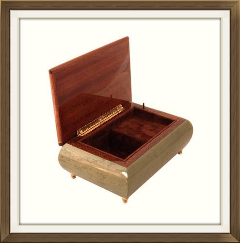 vintage_italian_enameled_musical_jewellery_box_3.jpeg