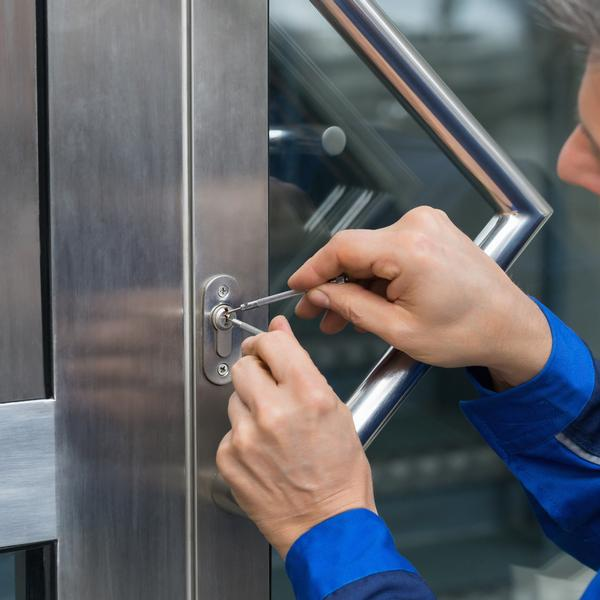 Locksmith in Gravesend and Kent