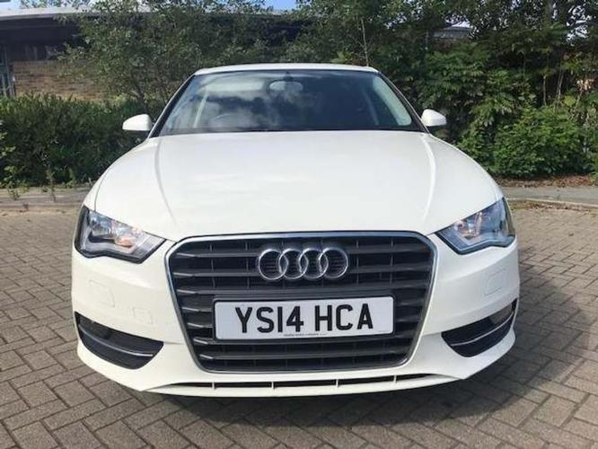 AUDI A3 1.6 TDI Sport Sportback</br>£8,995 2014   |   72,680 miles   |   Diesel   |    Manual
