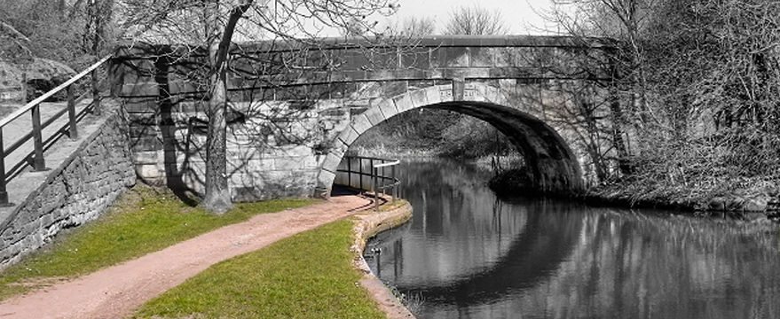 It's Grim Up North - Leeds & Liverpool Canal Canter day 1 2019 As the name suggests this is an out and back canter on the Leeds and Liverpool Canal. The route will start and finish at Kirkstall about 2.5 miles outside the centre of Leeds.
