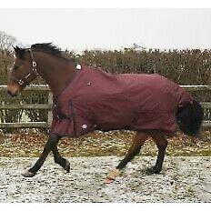 Jhl Lightweight Essential Turnout Rug