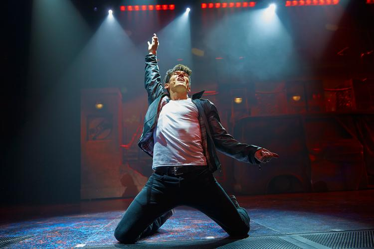 We Will Rock You announces UK and Ireland Tour - News We will, we will, rock you
