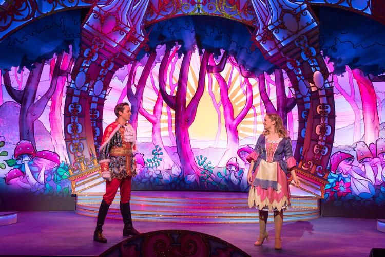 Cinderella – Review - Fairfield Halls An innovative new family pantomime