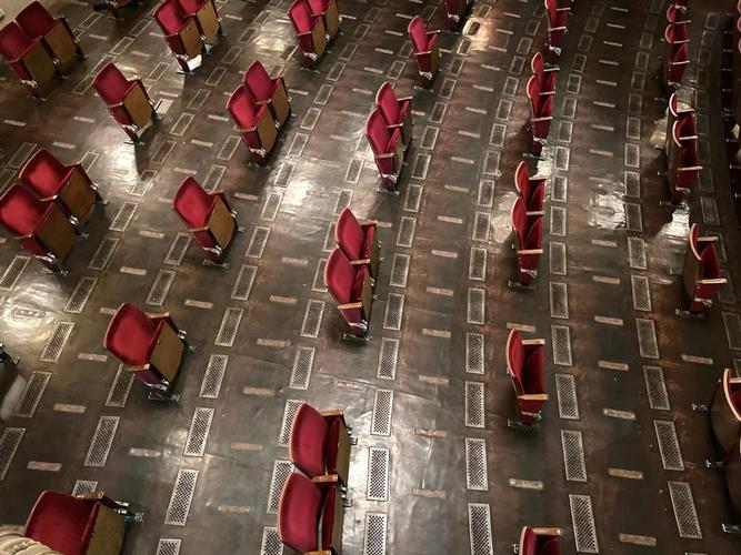 Theatres and Social Distance- News The Berliner Ensemble opens the doors to the new season