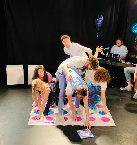 No Limits - Review - The Hen and Chickens Theatre A new British Musical Theatre Song Cycle by Sam Thomas