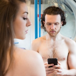 CITY LOVE – REVIEW – Drayton Arms Theatre Can love stories start on a bus?