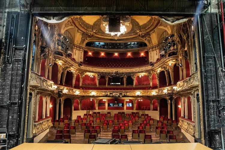London Moving to Tier 2 - News ..and theatres?