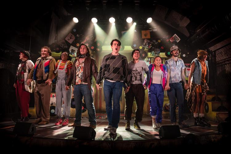 High Fidelity - Review - The Turbine Theatre A quirky musical about breaking up and vinyls